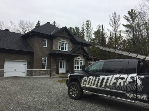 Gutter Cleaning Service Gouttières Aquanett - Installation et Nettoyage in Cantley (QC) | LiveWay