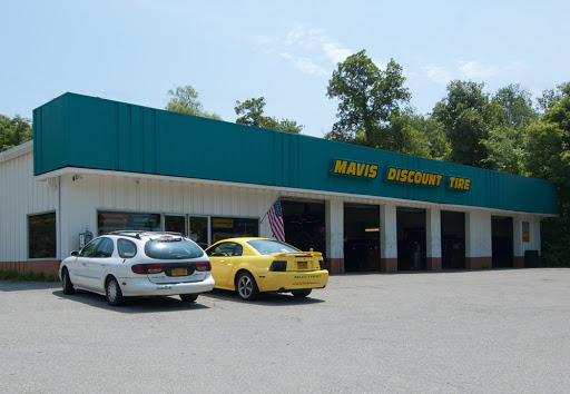 Tire Shop «Mavis Discount Tire», reviews and photos, 266 N Brewster Rd, Brewster, NY 10509, USA