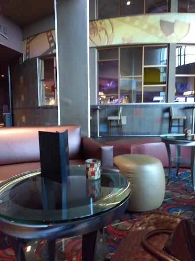 Movie Theater «Cobb Liberty Luxury 15 & Cinébistro», reviews and photos, 7514 Bales St, Liberty Township, OH 45069, USA