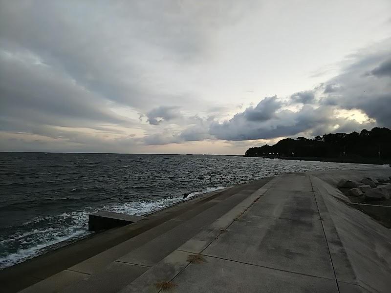 岬 海上 釣堀