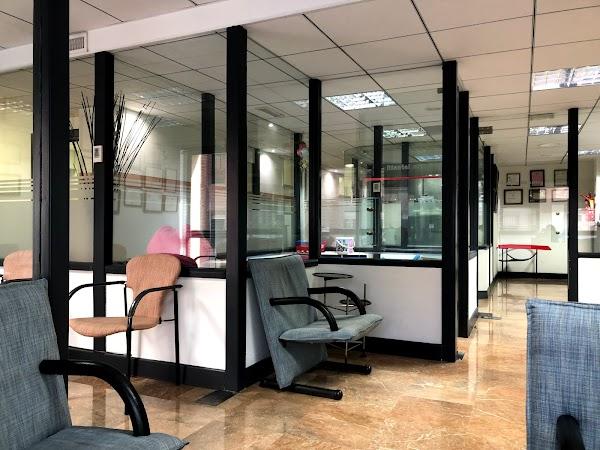 Centro Dental Romea