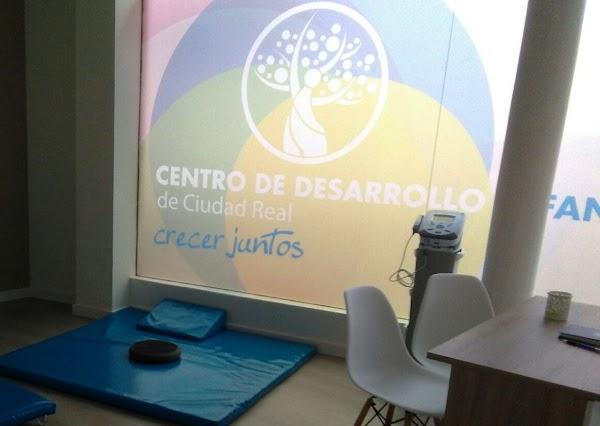 CLÍNICA PEDIÁTRICA CDICR Centro de Desarrollo Infantil de Ciudad Real