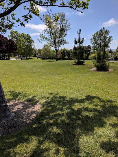 Lester J Knott Park
