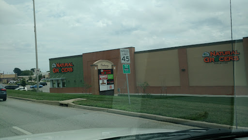 Natural Foods Store «Natural Grocers», reviews and photos, 13335 Shawnee Mission Pkwy, Shawnee, KS 66216, USA