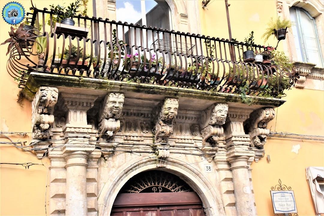 Palazzo Pizzo