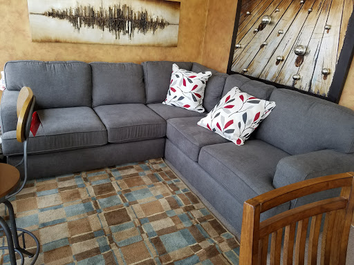 Furniture Store «Jeff Jones Furniture On Consignment», Reviews And Photos,  803 3rd Ave SE, Cedar Rapids, IA ...