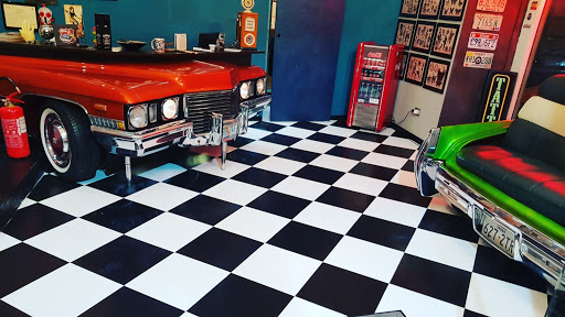 Garage Tattoo
