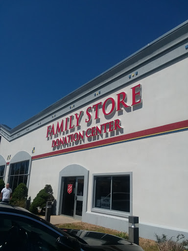 Salvation Army Family Store, 2458 Lafayette Rd, Portsmouth, NH 03801, Non-Profit Organization