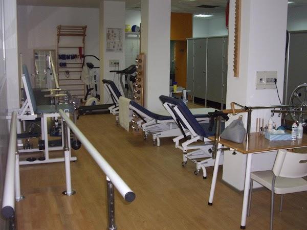 Centro Medico Conde Lumiares SL