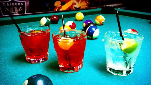 Bar «Berts Stadium Sports Bar», reviews and photos, 208 S Fair Oaks Ave, Sunnyvale, CA 94086, USA