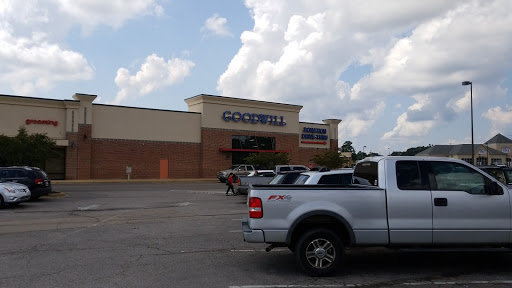 Goodwill, 1651 Virginia Ln, Corinth, MS 38834, USA, Thrift Store