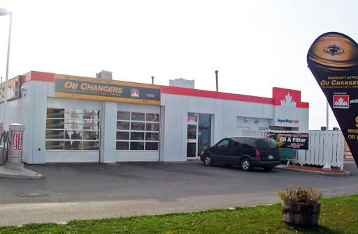 Changement huile Oil Changers à Gardiners Rd ()   AutoDir