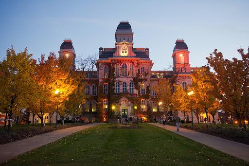 Syracuse University-img