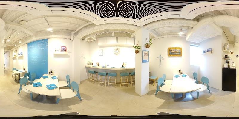 ギリシャの家庭料理とワイン フィリ東京店