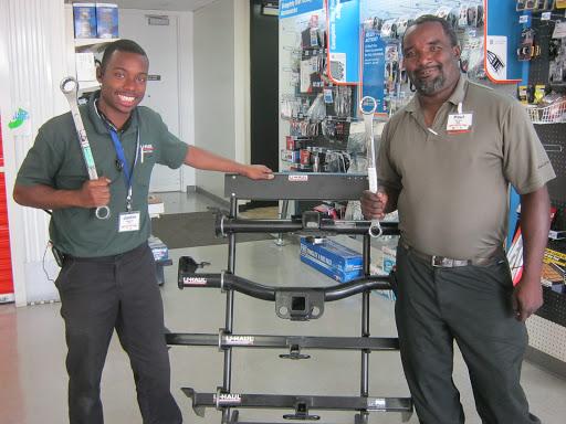 RV Storage Facility «U-Haul Moving & Storage at Sugarland Airport Area», reviews and photos