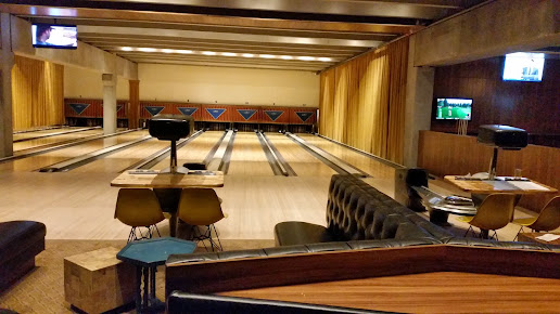 Dust Bowl Lanes and Lounge