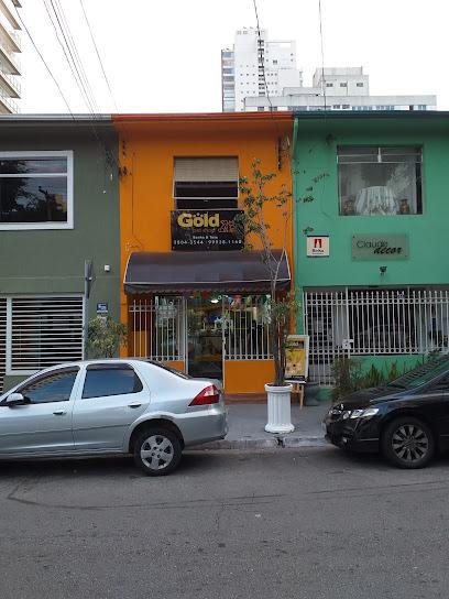 Gold pet shop