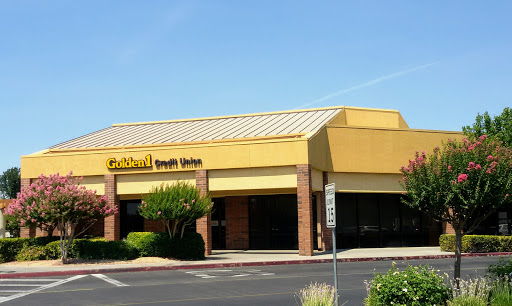 Golden 1 Credit Union, 1030 Shaw Ave, Clovis, CA 93612, USA, Credit Union
