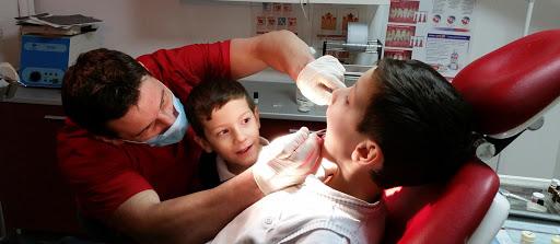 Stomatologie Iasi - stomatolog Ichim Lucian - urgente stomatologice