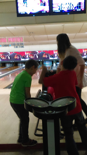 Bowling Alley «State Bowling Center», reviews and photos, 17 E State St, Ilion, NY 13357, USA