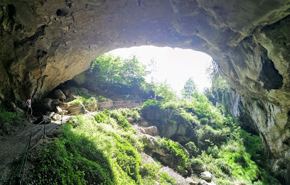 Lombrives Cave