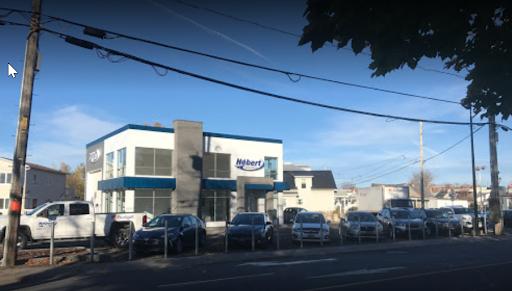 Concessionnaire automobile Budget Location Hébert 2000 LTEE à Victoriaville (QC) | AutoDir