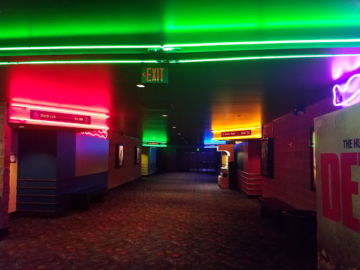 Movie Theater «Regal Cinemas Santiam 11», reviews and photos, 365 Lancaster Dr SE, Salem, OR 97301, USA