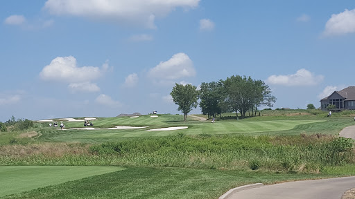 Golf Course «Creekmoor Golf Course», reviews and photos, 1112 East 163rd Street,, Raymore, MO 64083, USA
