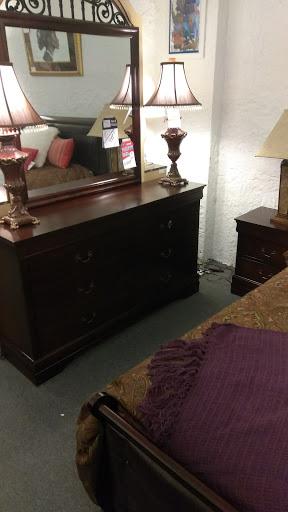 Furniture Store «Robinson Furniture», Reviews And Photos, 3180 E Jefferson  Ave, Detroit, MI 48207, ...