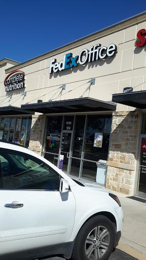 Print Shop «FedEx Office Print & Ship Center», reviews and photos