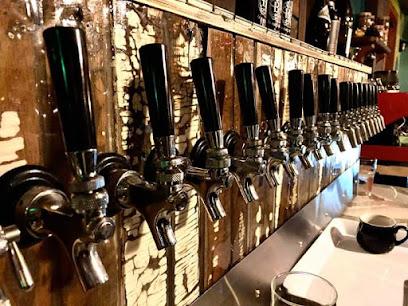 Pub Mont-Tremblant - Microbrasserie Baril Roulant