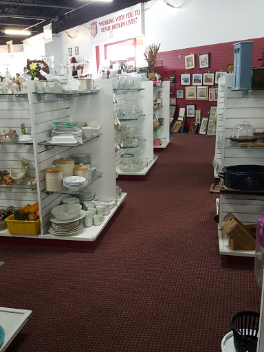 The Salvation Army Clearwater / Largo Family Store, 1446 S Missouri Ave, Clearwater, FL 33756, USA, Thrift Store