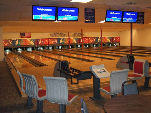 Bowling Alley «Rollaway Lanes & Lounge», reviews and photos, 317 S Main St, Davison, MI 48423, USA