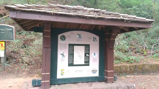 Waterfall «Horsetail Falls», reviews and photos, Historic Columbia River Hwy, Cascade Locks, OR 97014, USA