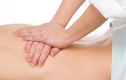 imagen de masajista KYNES Fisioterapia