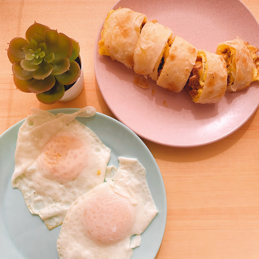 別問晨食l 酥皮蛋餅 l 肉蛋吐司 l 台灣紅茶 l 奶茶 l 太平早午餐 l 136太平早餐