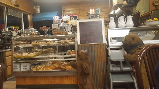 Bearclaw Bakery and Coffee