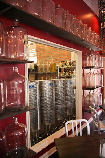 Winery «Camelot Cellars Winery», reviews and photos, 901 Oak St, Columbus, OH 43205, USA