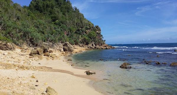 Pantai Waru Tuk Wonogiri