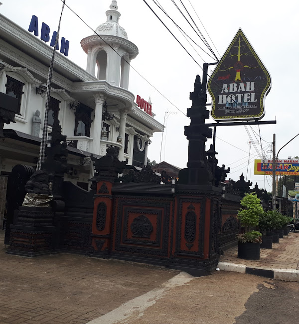 8 Daftar Hotel Budget Paling Recomend Di Purwakarta Sanjaya Tour