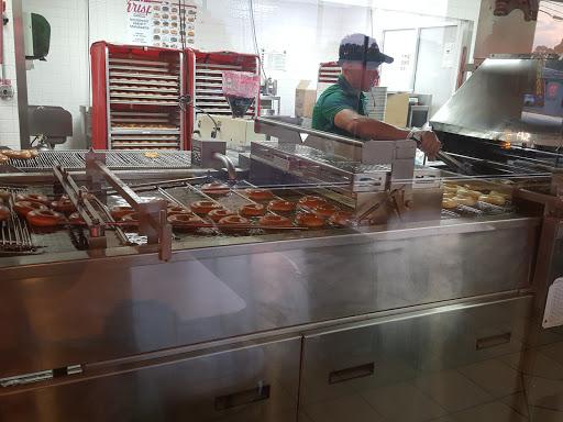 Bakery «Krispy Kreme Doughnuts», reviews and photos, 3095 Ross Clark Cir 84W, Dothan, AL 36301, USA