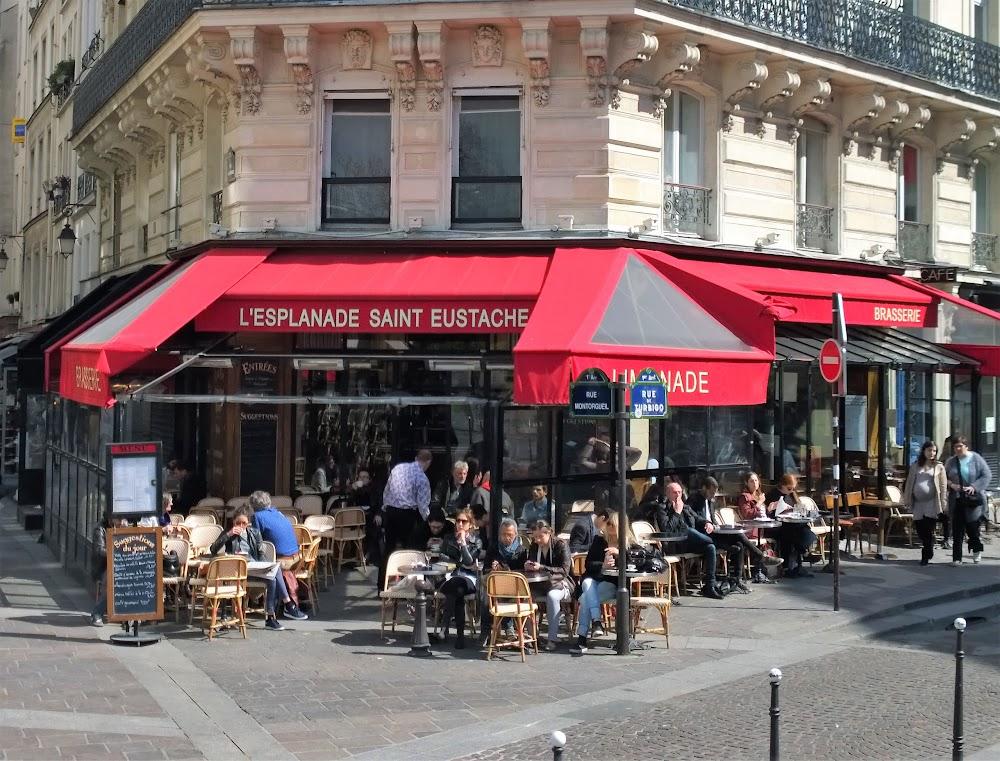 photo du resaurant Esplanade Saint-Eustache