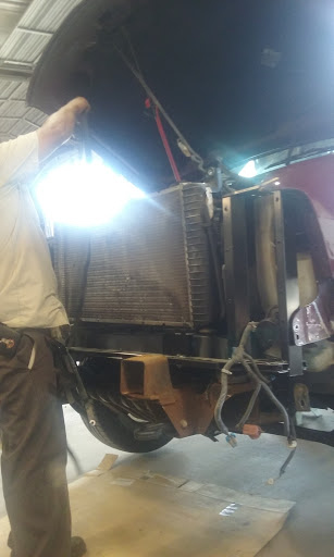 Auto Body Shop «Perkins Paint & Body», reviews and photos, 20942 TX-494 Loop, New Caney, TX 77357, USA