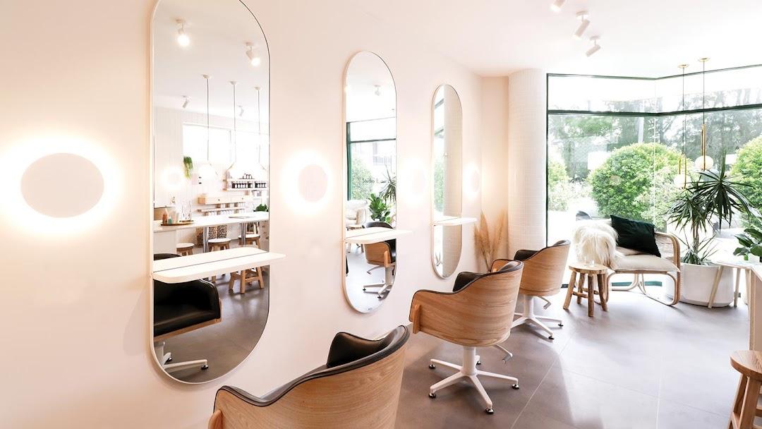 Comfortel Salon Furniture Auckland NZ Showroom - Hairdressing & Beauty Salon Furniture & Supplies
