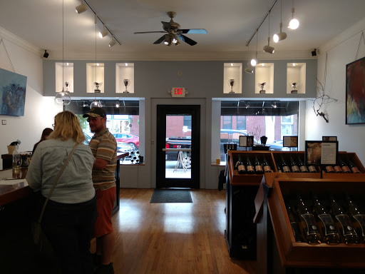 Winery «August Hill Winery Tasting Room», reviews and photos, 106 Mill St, North Utica, IL 61373, USA