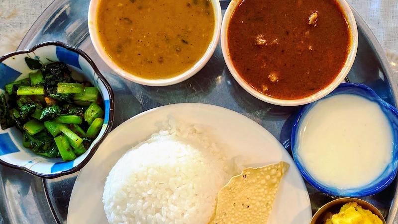 ネパール・インドレストラン エベレスト