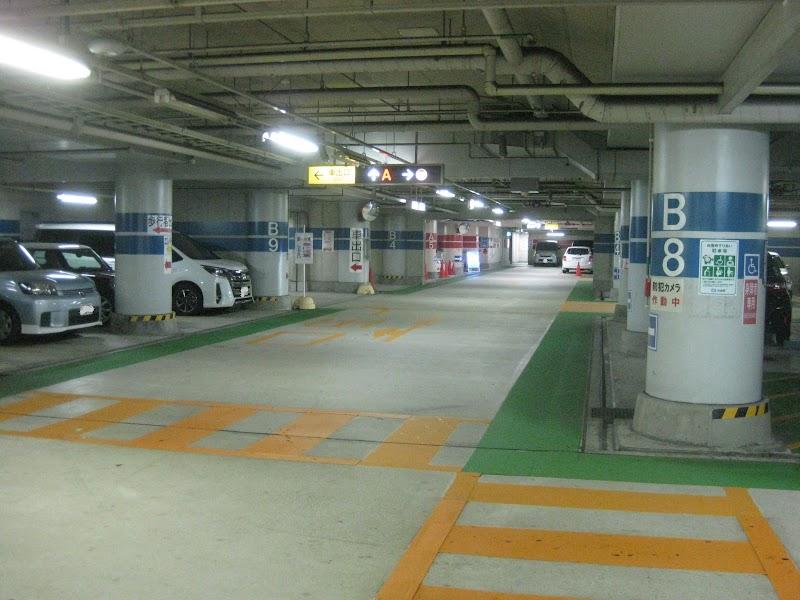 荒田公園駐車場
