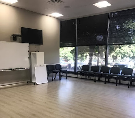 Legacy Healing Center Alcohol & Drug Rehab Cherry Hill Waiting room
