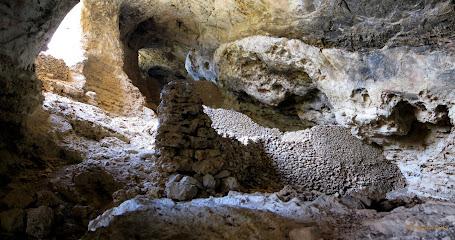 Cuevas de Harzal