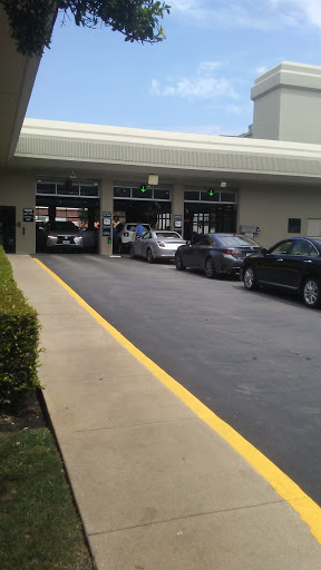 Lexus Dealer «Sewell Lexus of Dallas», reviews and photos, 6421 Lemmon Ave, Dallas, TX 75209, USA